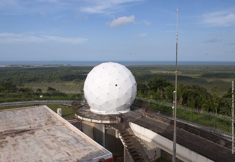 Le radar Bretagne-1 à Kourou