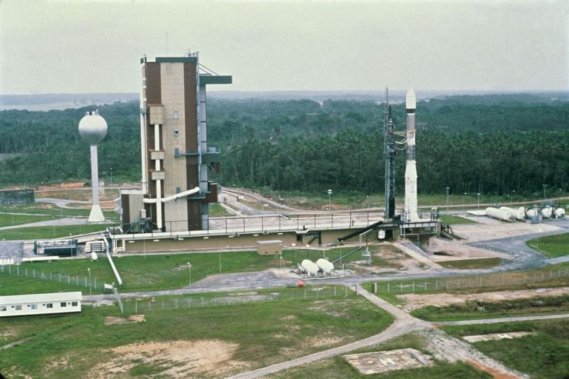 La 1ere Ariane sur son ensemble de lancement, le 24 décembre1979